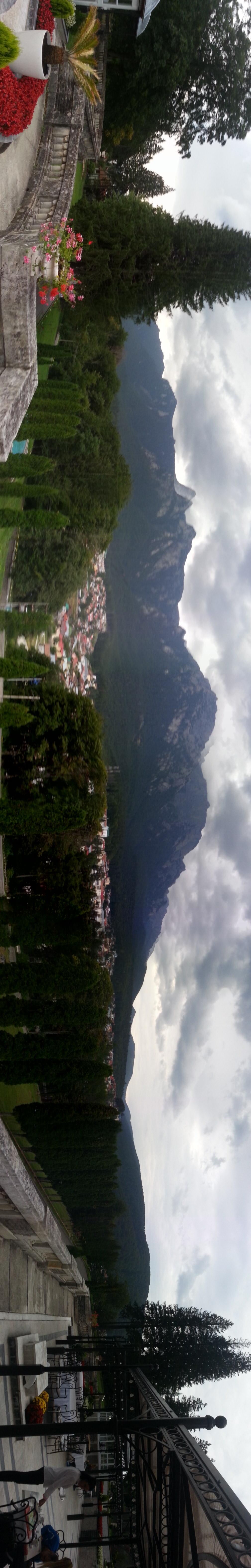 panorama Cantacuzino castle
